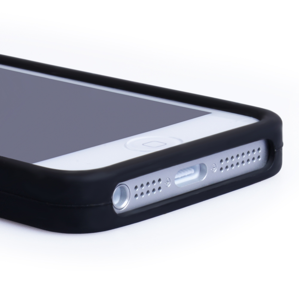 YouSave Accessories iPhone 5 / 5S Plain Black Gel Case